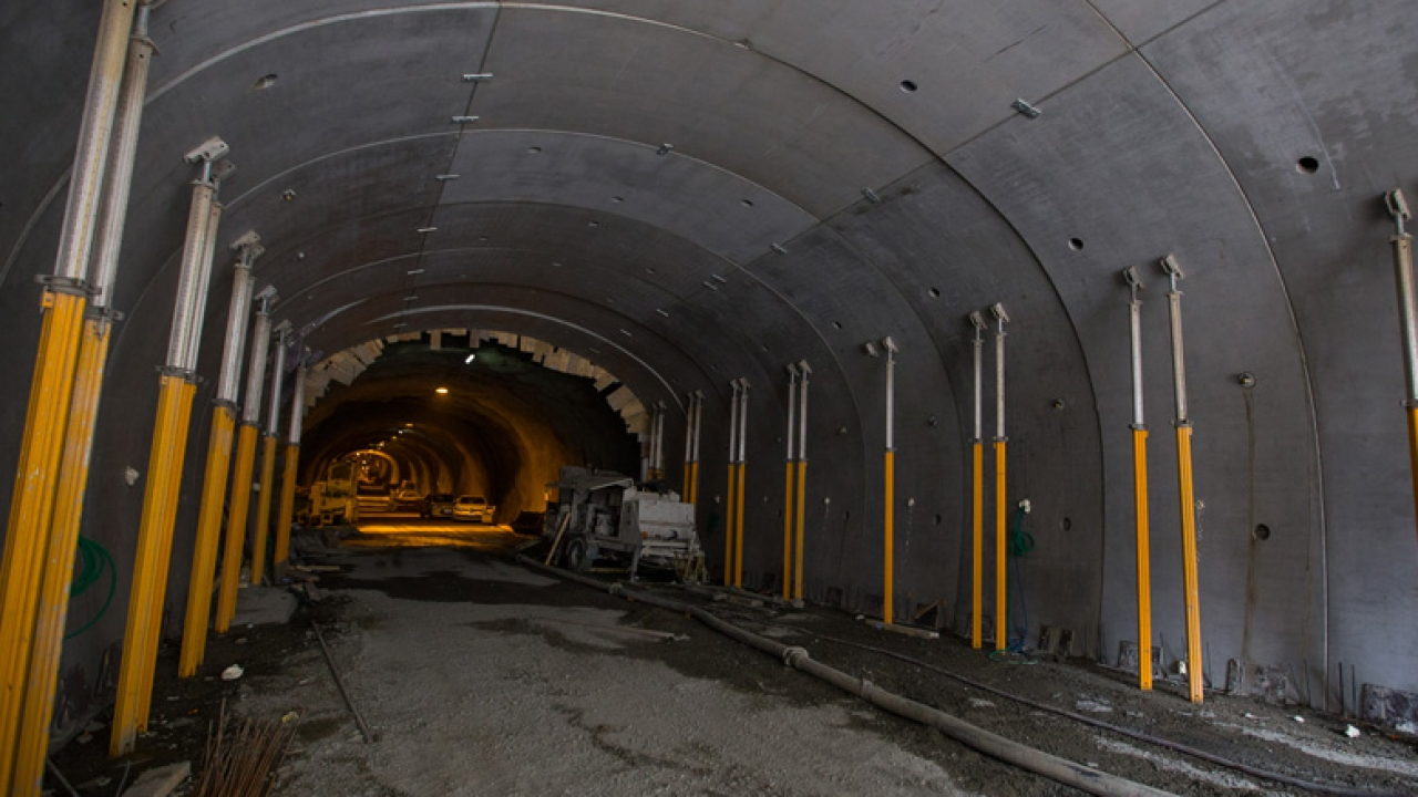 Le tunnel du chambon exceptionnellement ouvert for Garage grenoble ouvert samedi