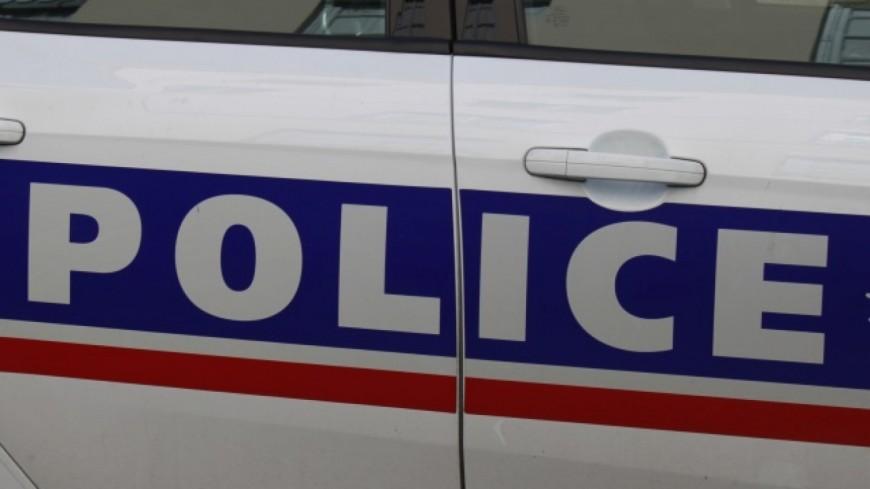 Grenoble: il double les policiers par la bande d'arrêt d'urgence