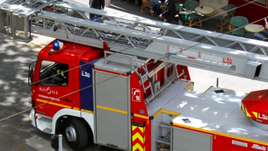 Violent incendie euromaster saint martin d 39 h res - Garage st martin d heres ...