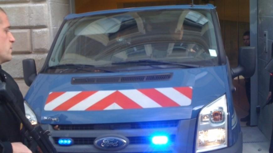 Jeune homme abattu à Echirolles: deux hommes se livrent à la police