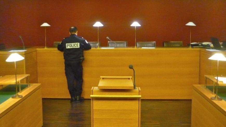 Etudiante éborgnée à Grenoble : deux policiers condamnés