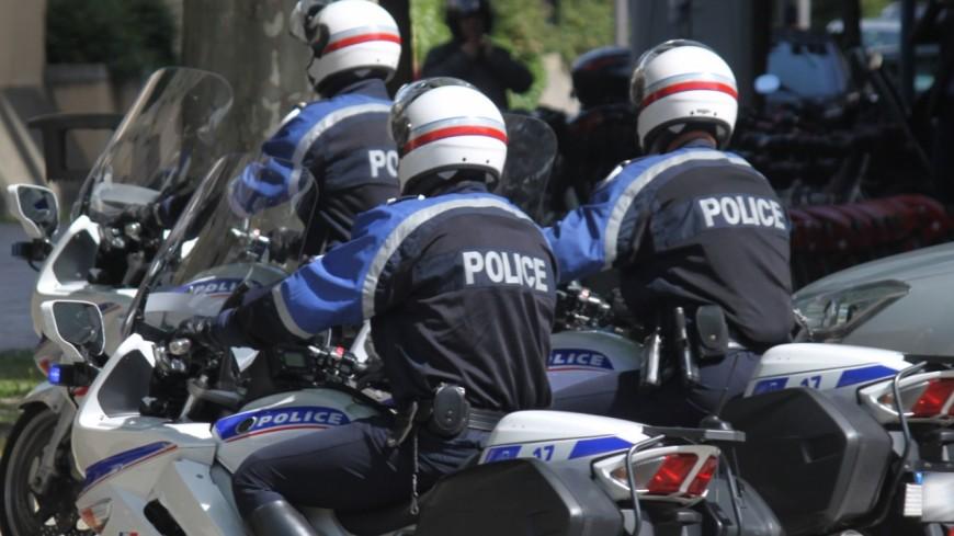 Deux policiers projetés au sol lors d'une course-poursuite à Grenoble