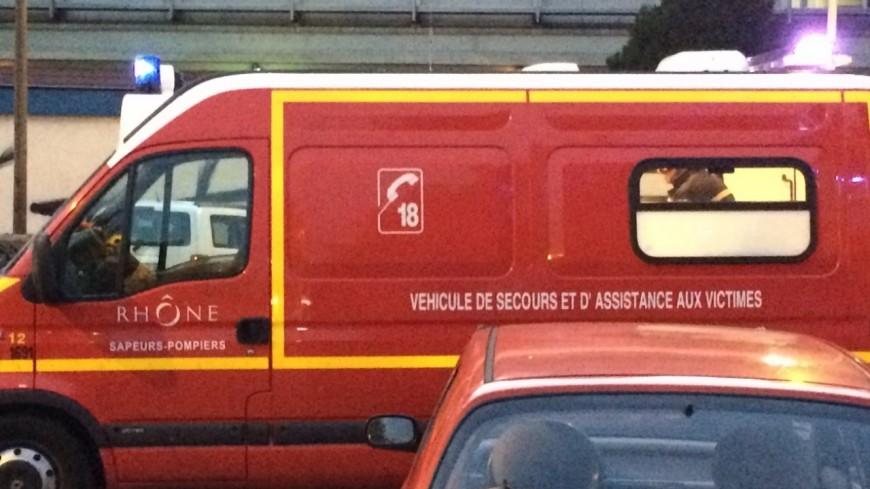 Une jeune femme accouche sur l'autoroute près de Grenoble