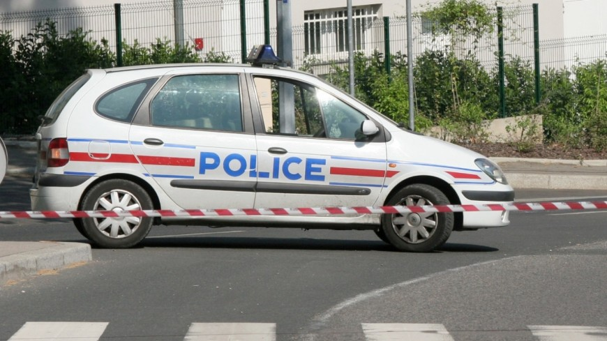 CHU de Grenoble: un patient se jette du 12e étage