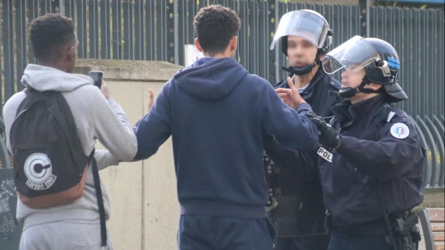 Grenoble: le lycée Mounier fermé après l'agression d'un professeur