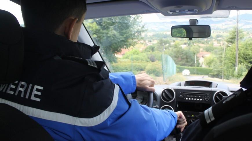 Chamrousse : ils volent une voiture et foncent sur un gendarme