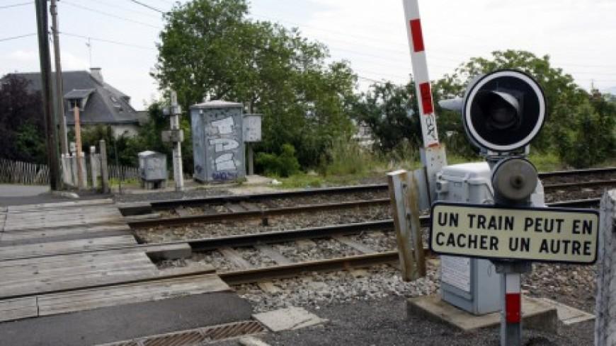 Saint-Egrève: collision mortelle entre une voiture et un TER