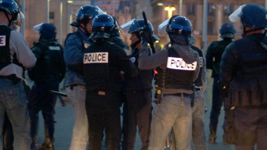 Des policiers de Grenoble caillassés