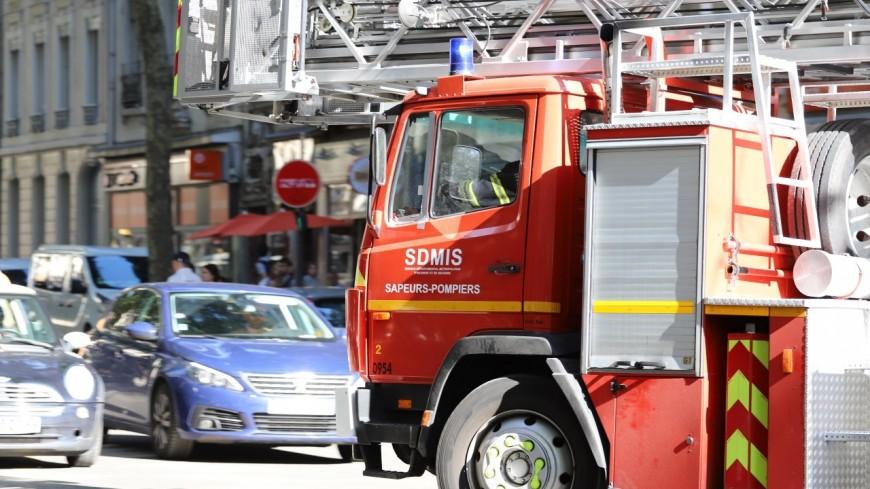Crolles : une usine d'alarmes incendie prend feu
