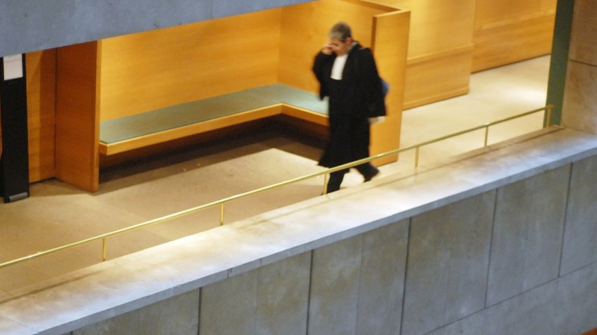 Le maire de Fontaine devant les juges
