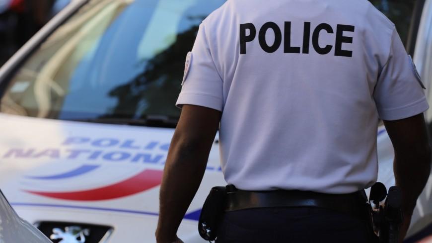 Grenoble : désespérée, elle monte sur le toit de l'école