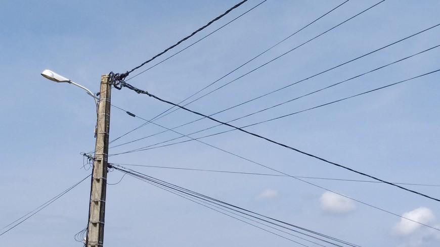 Neige : encore 33 000 foyers privés d'électricité dans la région