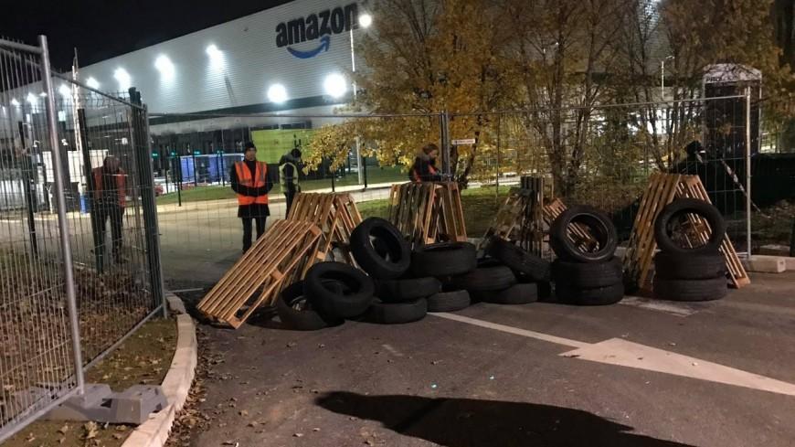 Black Friday : blocage d'un entrepôt d'Amazon en Isère