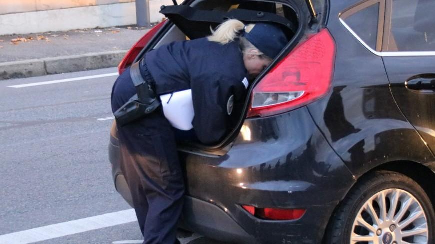 Confinement : attention aux contrôles de faux gendarmes !