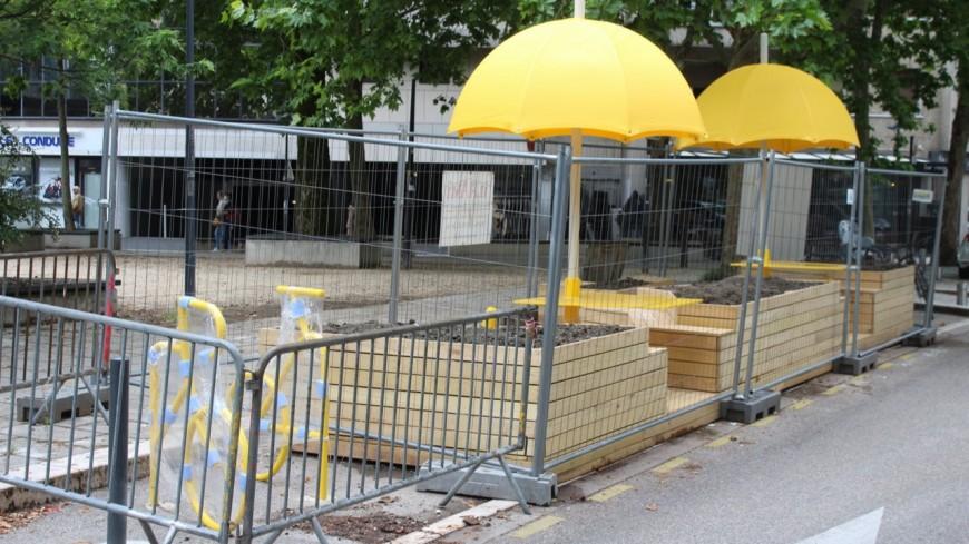 Grenoble : Une première terrasse ludique a été inaugurée