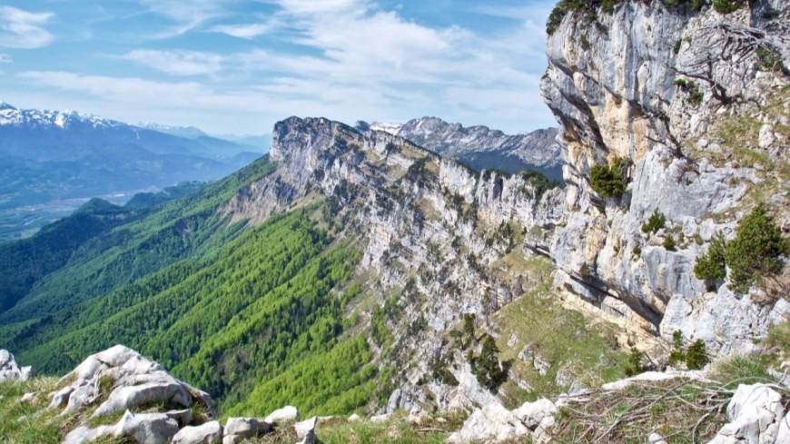 Un randonneur fait une chute mortelle de 200 mètres en Chartreuse