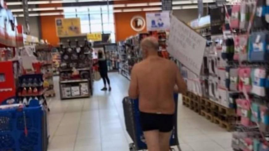 Un homme fait ses courses en slip pour dénoncer la fermeture de certains rayons (photos)