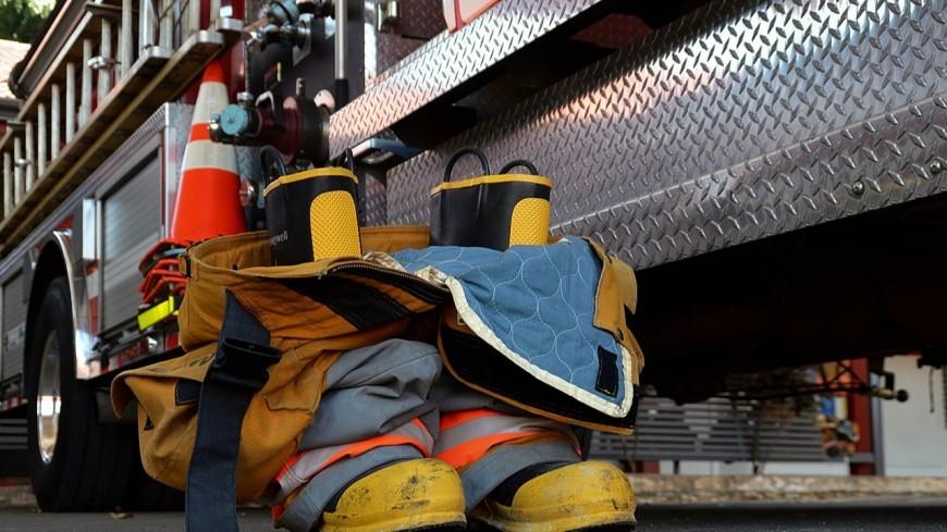Saint-Geoire-en-Valdaine (Isère) - Un atelier mécanique en proie aux flammes