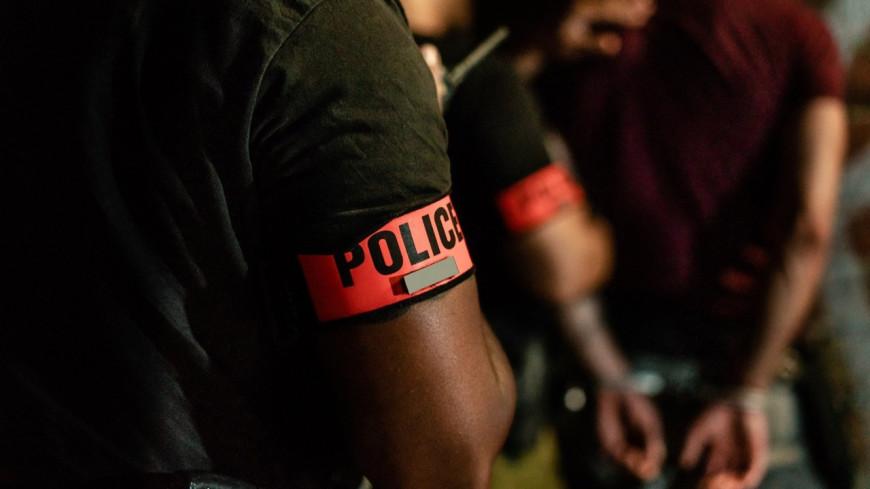 Grenoble - Alors qu'ils essayent de mettre le feu à un local, 3 individus arrêtés