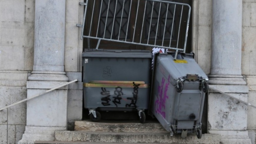 Campus de Grenoble : le maintien du blocus voté lors d'une assemblée générale