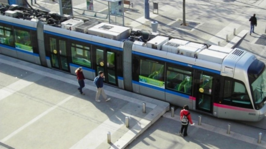 France – Belgique : les bus et trams de Grenoble à l'arrêt durant le match