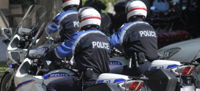 Un motard de la police volontairement percuté par un chauffard à Grenoble